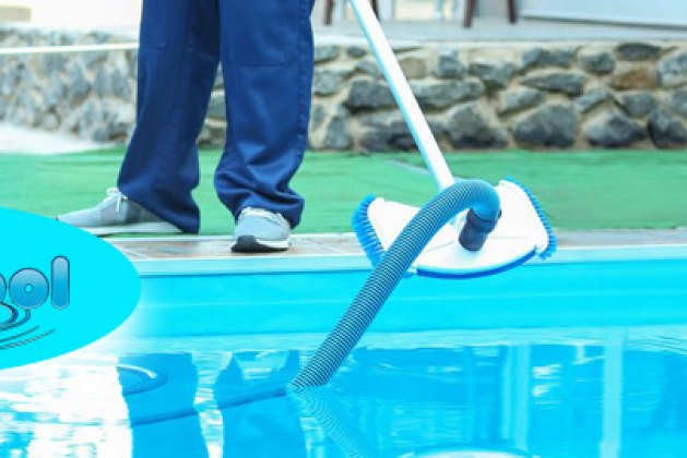 Pool-Cleaning-Adelaide