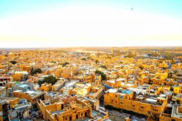 What is the best time to visit Jaisalmer?